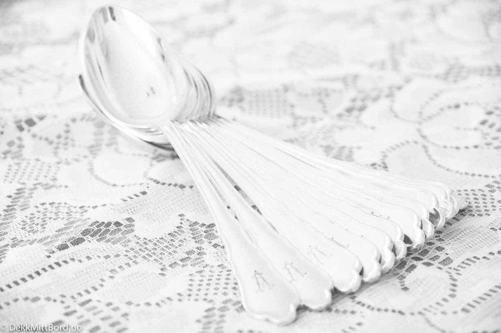 utleie-servise-fest-bryllup-konfirmasjon,utleie-servise,utleie,fest,konfirmasjon,bryllup,dåp, vintage,vintage-dekketøy,servise, pent-bord